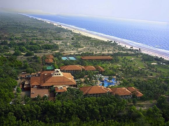 Ramada Caravella Beach 02