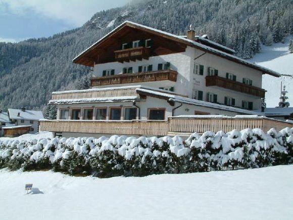Ortisei-Sporthotel-Platz1