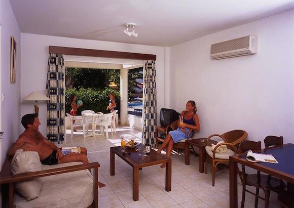 Pantelia Jacaranda Отдых с детьми на Кипре