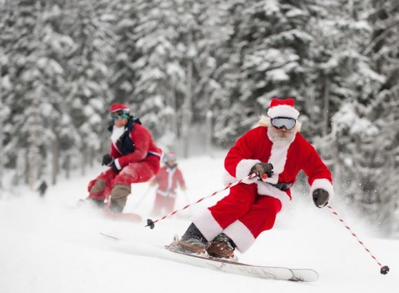 Santa-Skiing-us (580x426)