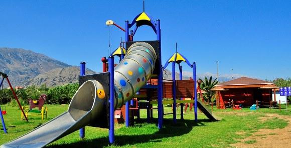Mythos_Palace_playground1
